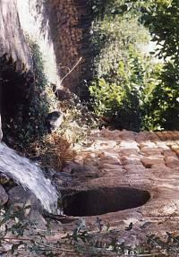 تصویر از آب قنات